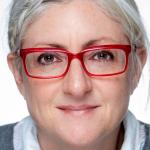 Catherine Beaulieu, Ph.D. Diplômée en psychologie clinique et en administration des affaires avec un doctorat en sciences biomédicales